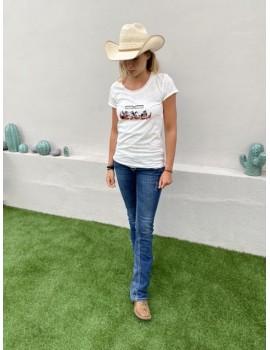 tee girl log rodeo